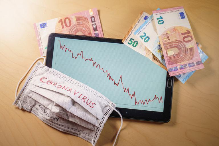 EBRD močno poslabšala gospodarsko napoved za Slovenijo