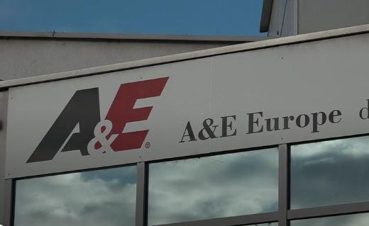 Stavka v podjetju, kjer nekateri delajo za 518 evrov bruto