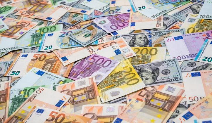 Državni proračun januarja s 432 milijoni evrov primanjkljaja