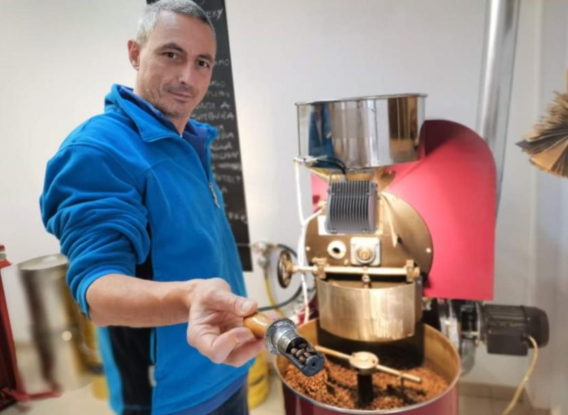 Italijanski mikropražar kave iz Logatca, ki navdušuje z vrhunsko kavo