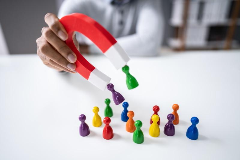 Kako ustvariti dobro segmentirano bazo podjetij?
