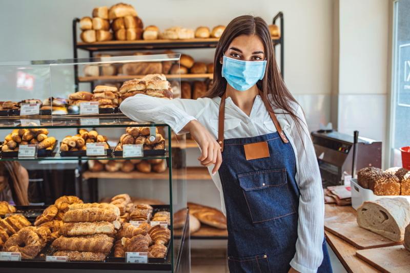 OZS bo samozaposlenim in mikro podjetjem razdelila še milijon brezplačnih zaščitnih mask