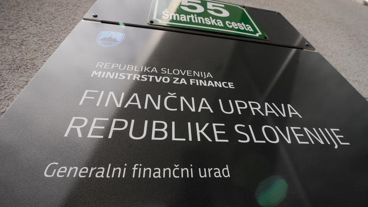 Pozor, če plačujete obveznosti Finančni upravi iz tujine