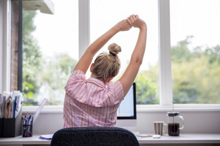 Kako si urediti delovni prostor za prijetno delo?
