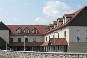 Rokodelski center Ribnica (RCR)